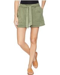 Two By Vince Camuto - Tie Waist Lyocell Twill Shorts (canopy Green) Women's Shorts - Lyst
