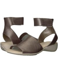 The Flexx 'beglad' Leather Ankle Strap Sandal - Brown