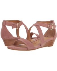 Söfft - Innis (mulberry Suede) Women's Wedge Shoes - Lyst