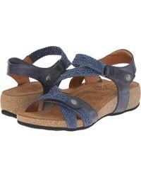 Taos Footwear - Trulie (camel) Women's Sandals - Lyst