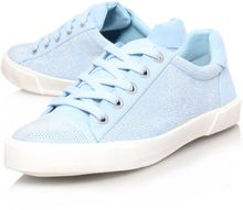 Carvela Lock Flat Low Top Trainers - Lyst