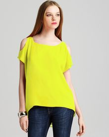 Alice + Olivia Top Open Shoulder - Lyst