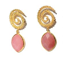 Toosis Cherry Quartz Helezon Earrings - Lyst