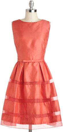 ModCloth Dinner Party Darling Dress in Grapefruit Red - Lyst