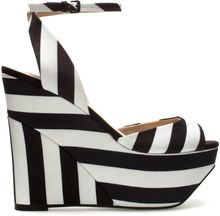 Zara Fabric Wedge Shoe - Lyst
