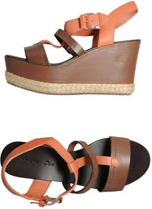 Julie Dee Wedges - Lyst