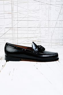 Bass Weejuns Larkin Tassel Loafer in Black - Lyst