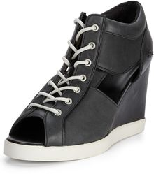 Lacoste Bernelle Peep Toe Wedge Trainers Black - Lyst