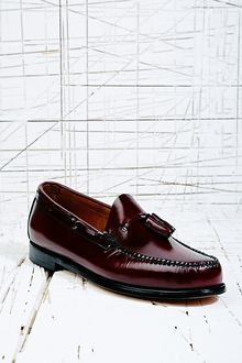 Bass Weejuns Larkin Tassel Loafer in Burgundy - Lyst