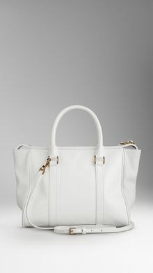 Burberry Medium Patent London Leather Tote Bag - Lyst