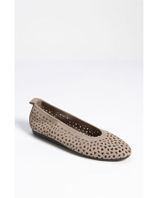 Arche | Natural 'lilly' Flat | Lyst