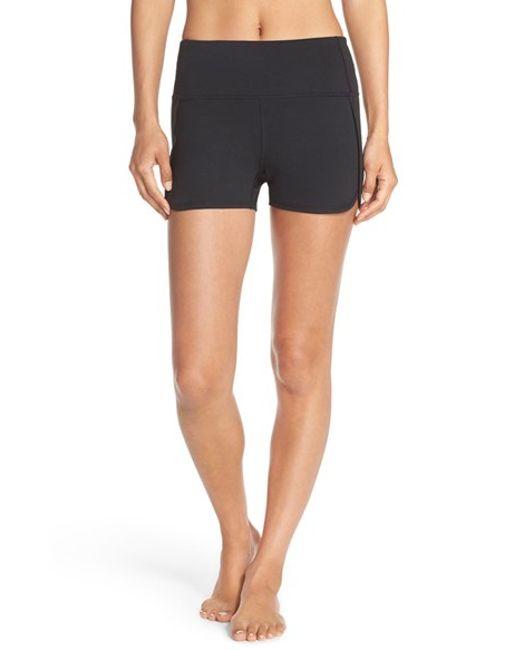Zella 'sassy' High Rise Shorts In Black