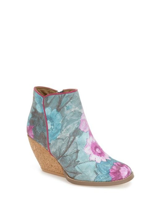 volatile tea floral print wedge boots in floral