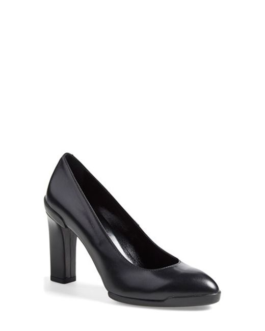 Tod's | Black Almond Toe Pump | Lyst