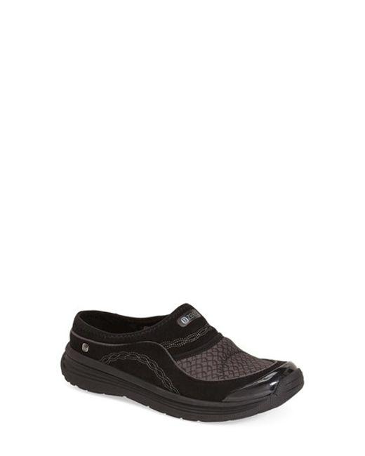 Bzees | Black 'serenity' Slip-on Sneaker | Lyst