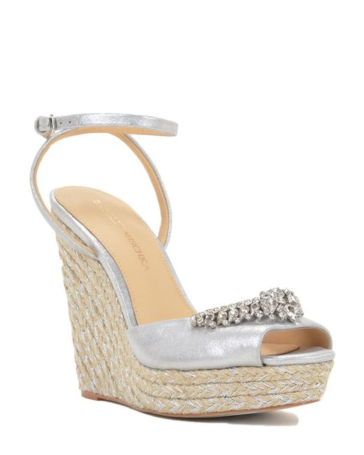 badgley mischka annabel metallic wedge shoe in metallic lyst