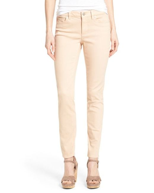 Two by vince camuto Colored Stretch Skinny Jeans in Beige (SEASPRAY) | Lyst