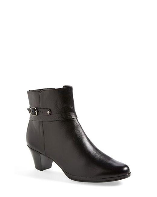 Munro | Black 'dylan' Boot | Lyst