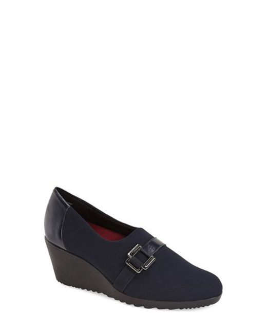 Munro | Blue 'mindy' Wedge Pump | Lyst