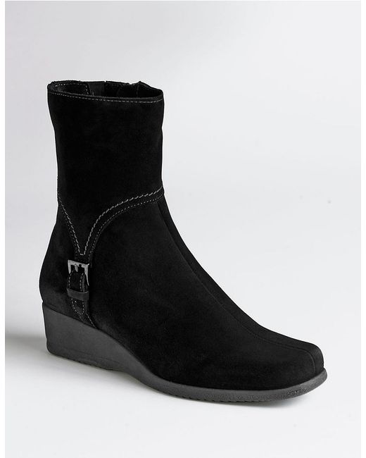 la canadienne laverna waterproof suede wedge boots in