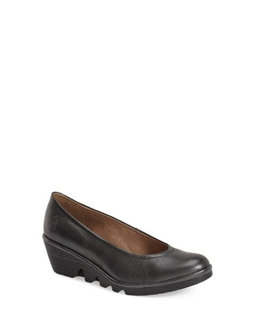 Fly London | Gray Leather Wedge Pumps | Lyst