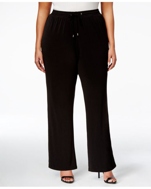 Ordered all 3 colors because I love how wide leg and boot cut pants compliment my shape, I'm a bit hippie. Charcoal and black fit beautifully but the navy felt like the size too small, maybe it .