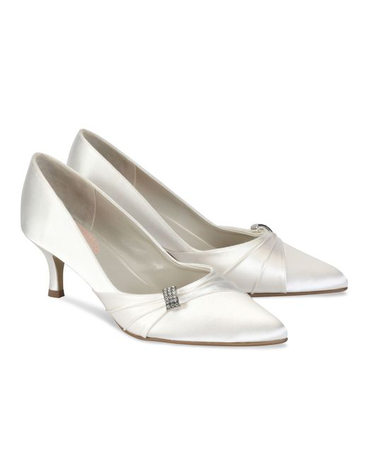 paradox pink beau mid heel court shoes in white