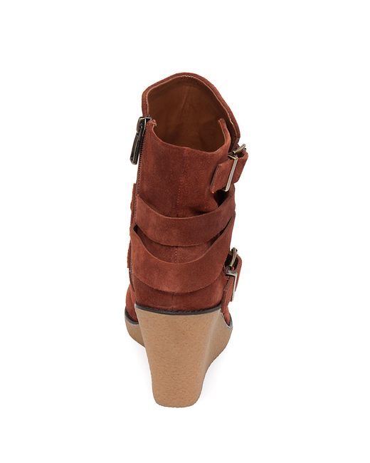 bcbgeneration finland leather wedge boots in multicolour