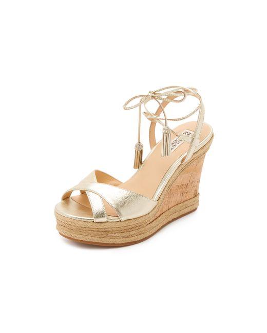 badgley mischka cece wedge sandals in gold platino