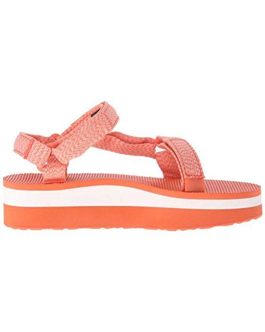 c9b0a26ac84c Lyst - Teva Flatform Universal Sandal in Pink - Save 22.58064516129032%
