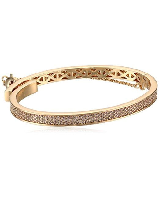 Eddie Borgo - Metallic Extra Thin Safety Chain Pave Bangle Bracelet - Lyst