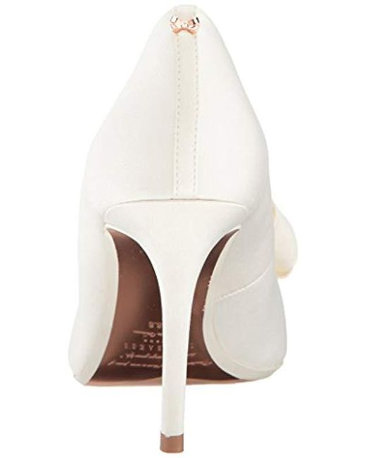 b9759b1abc8 Lyst - Ted Baker Skalett Pump in White - Save 50%