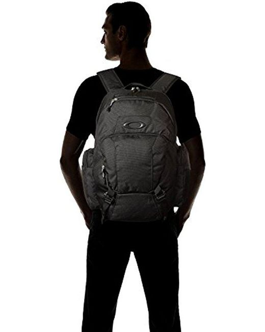 c2a9b6ffe2 Lyst - Oakley Blade Wet Dry 30 Backpack in Black for Men - Save 1%