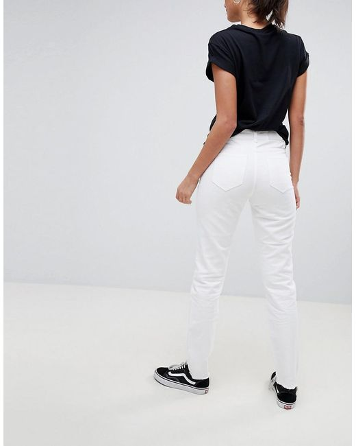 Shopping Online Cheap Price Destroyed Knee Mom Fit Jeans - Bright white Noisy May 100% Guaranteed Cheap Price Cheap Sale Shop For Cheap Sale Footaction Sale The Cheapest VsdTEp