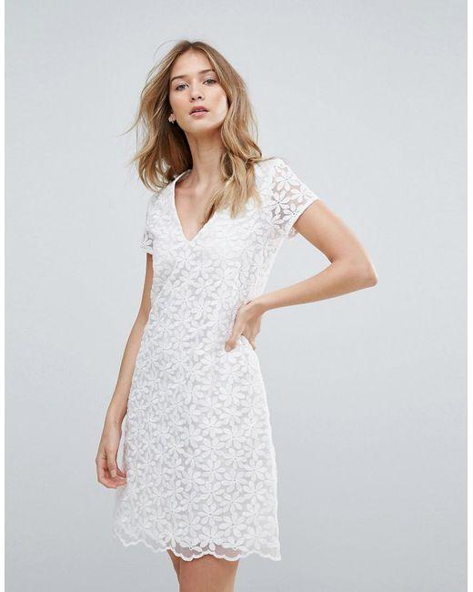 6304c52714f4 Traffic People - White V Neck Lace Shift Dress - Lyst ...