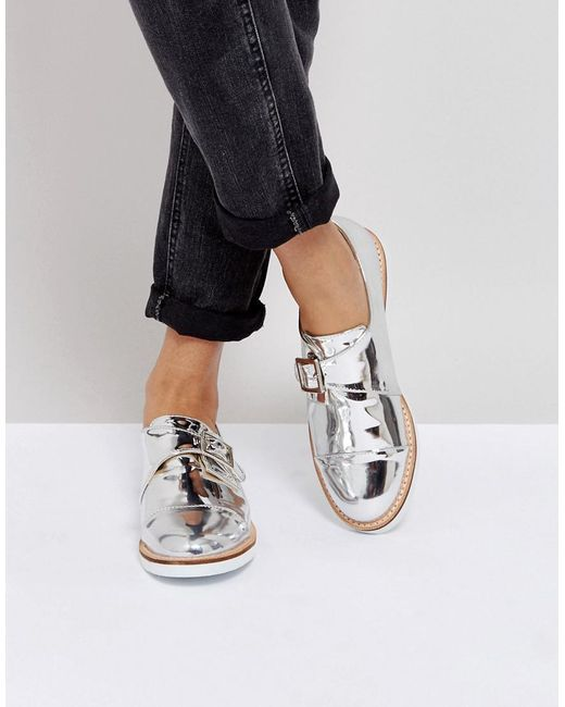 London Rebel - Metallic Buckle Monk Shoe On White Sole - Lyst