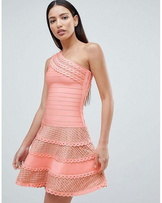 fb8e5bf01e1 Forever Unique - Pink Robe patineuse asymtrique structure avec empicements  en dentelle - Lyst ...