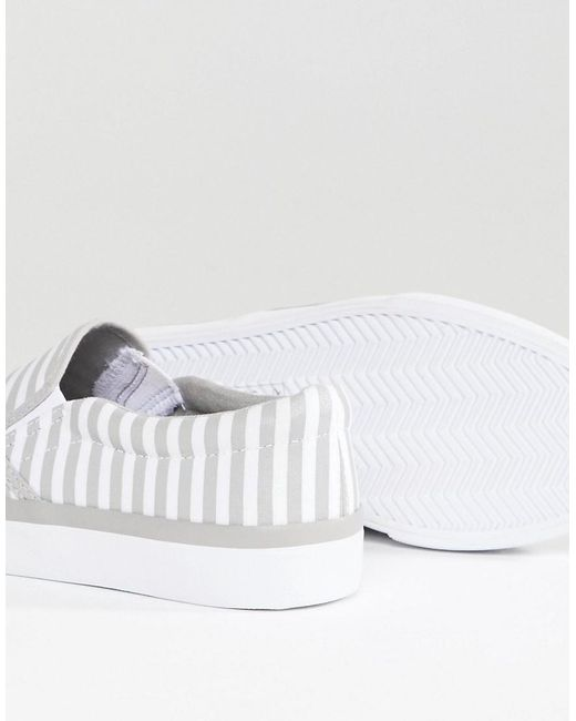 ASOS DESIGN Dab Wide Fit Stripe Sneakers 1H4ACLFX