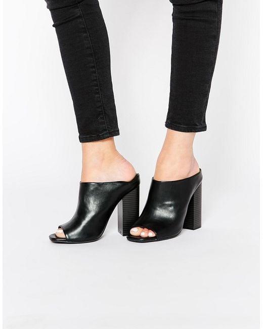 missguided block heeled mules in black lyst. Black Bedroom Furniture Sets. Home Design Ideas
