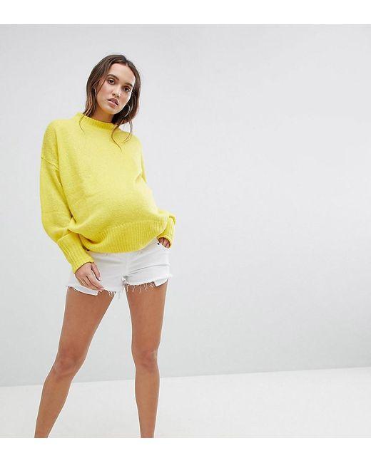 ASOS - Asos Design Maternity Denim Alvey Mid Rise Short With Raw Hem In White - Lyst
