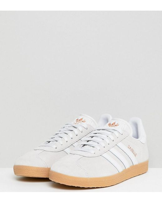 lyst adidas originali in bianco pastello gazzella.