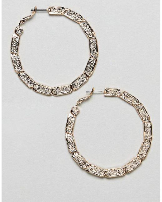 ASOS - Metallic Hoop Earrings With Vintage Style Twist Design In Gold - Lyst