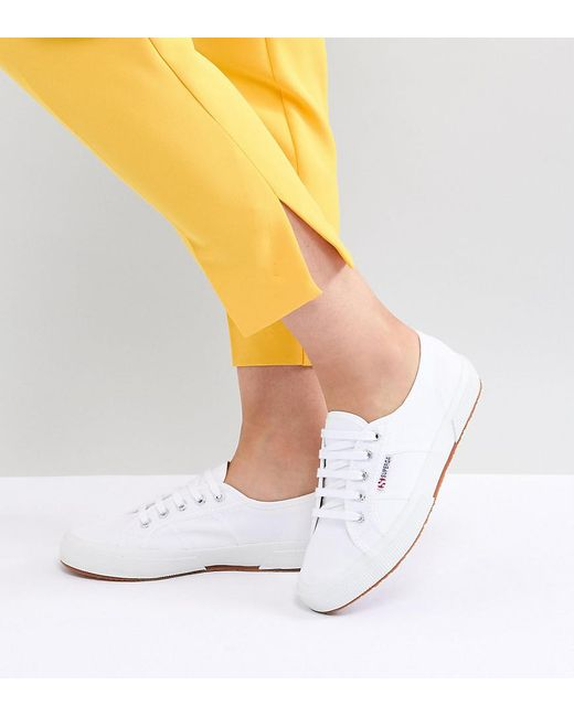 Superga - 2750 Classic Canvas Trainers In White - Lyst
