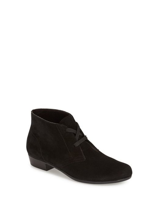 Munro | Black 'sloane' Lace Up Bootie | Lyst