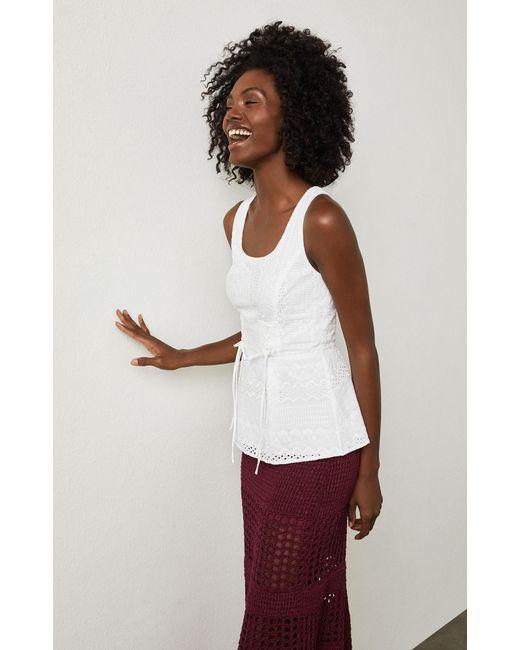 BCBGMAXAZRIA - White Bcbg Sleeveless Embroidered Peplum Top - Lyst