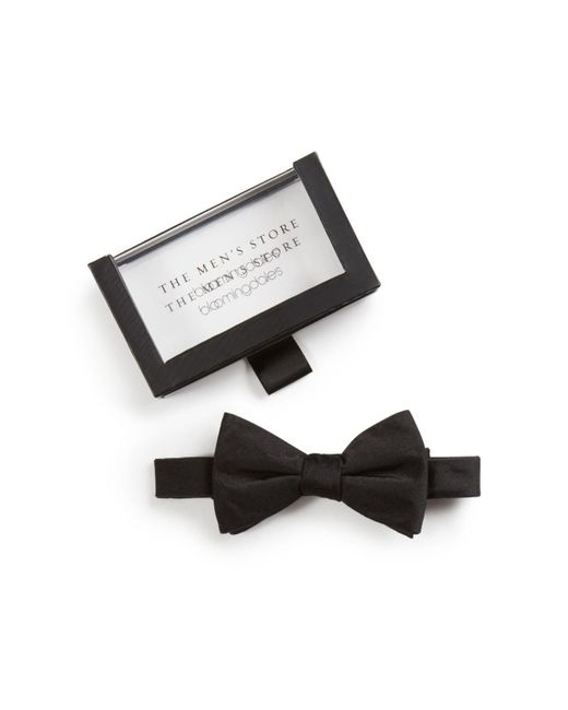 Bloomingdale's - Black Solid Satin Pre-tied Bow Tie for Men - Lyst