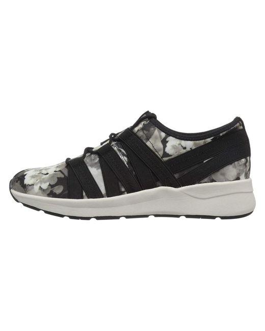 Easy Spirit - Gray Illuma2 Walking Shoe - Lyst