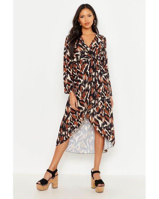 28d67aff793e4 Boohoo - Black Tall Abstract Print Wrap Midi Dress - Lyst ...