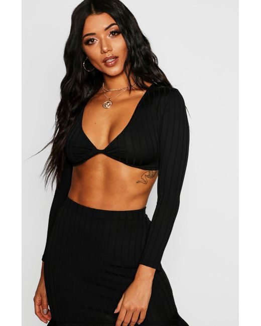 47d0ca0e7f502 Boohoo - Black Ribbed Knot Front Crop Top - Lyst ...