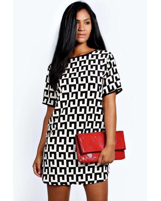 ff16ce7bd447 Boohoo - Black Monochrome Woven Shift Dress - Lyst ...